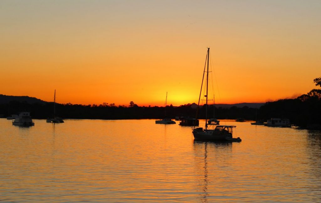 Noosa River cruises: Sunset over Noosa River